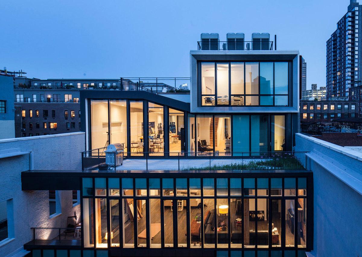185 penthouse courtyard exterior